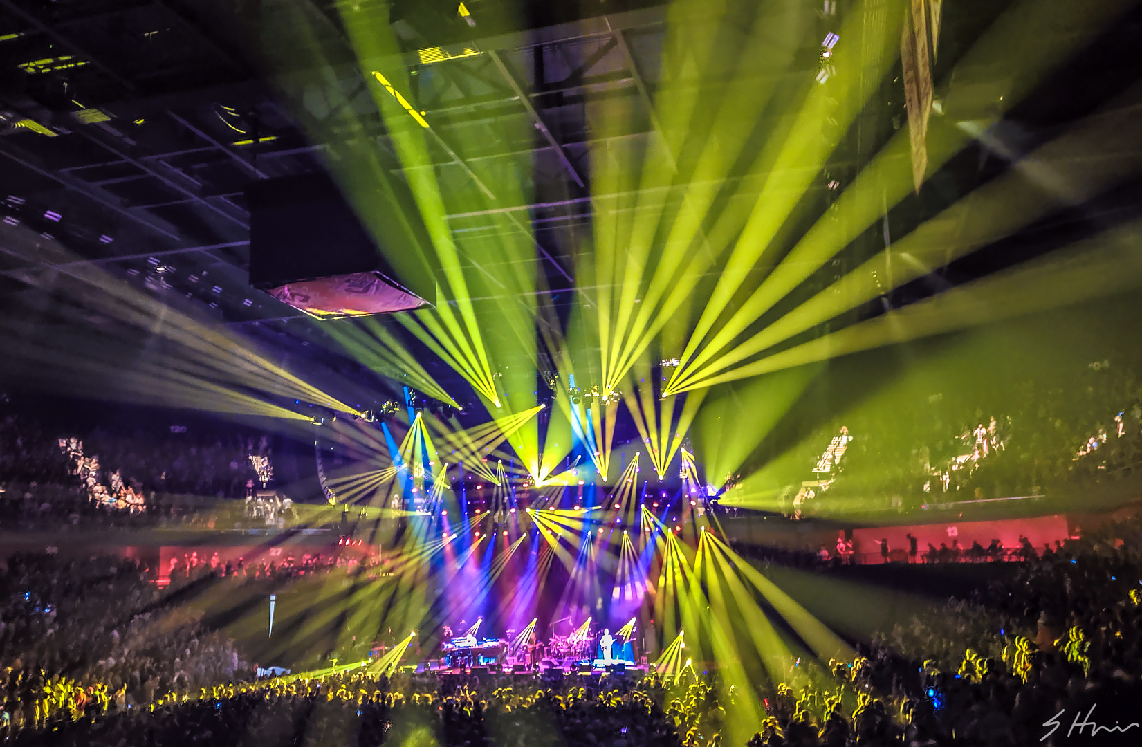 Mohegan2 Recap: Love Will Carry Us Through - Phish net